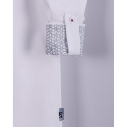 Нарядная белая рубашка фактура ёлочка